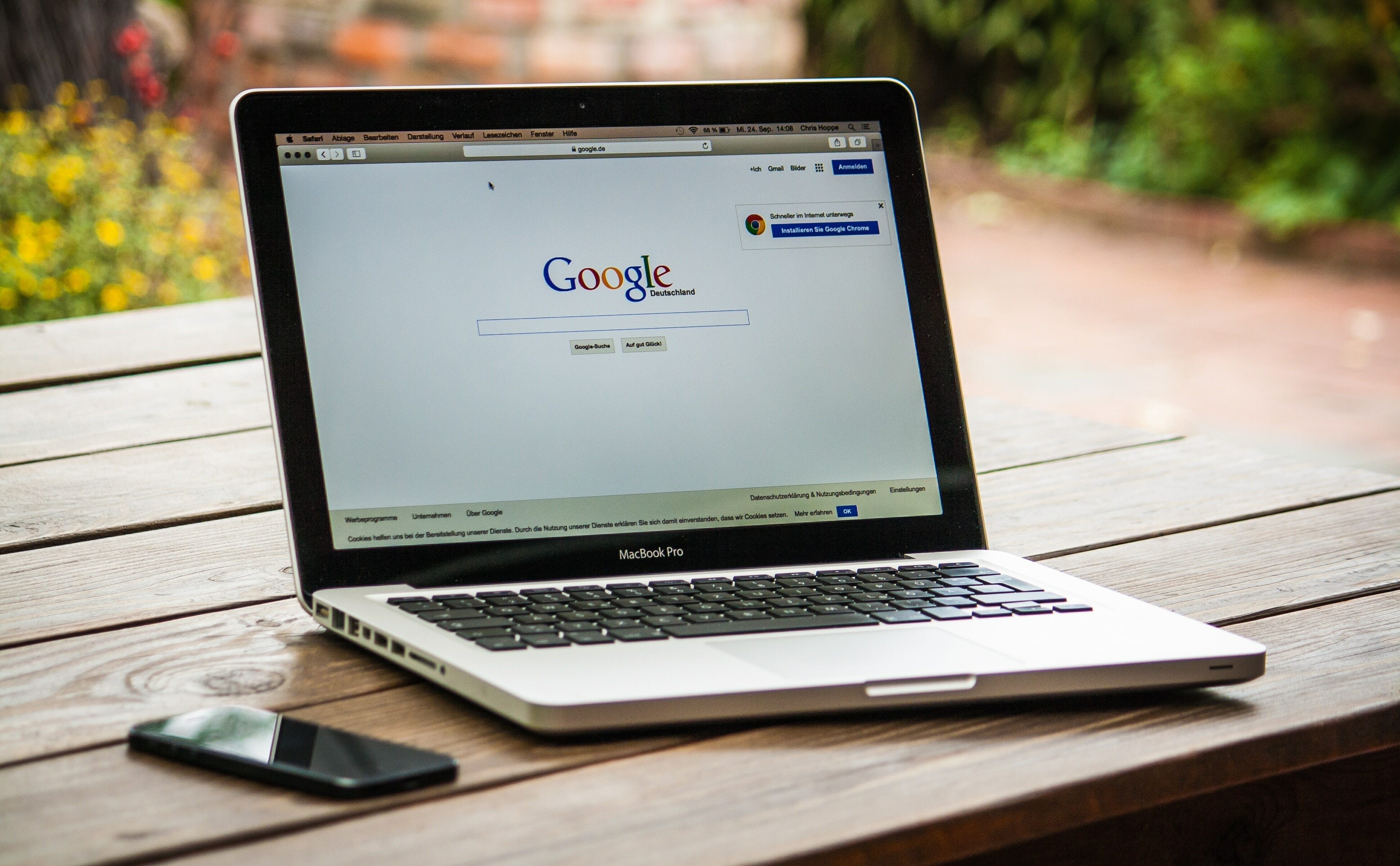 How to Search for a Job Online [Graduate Guide]