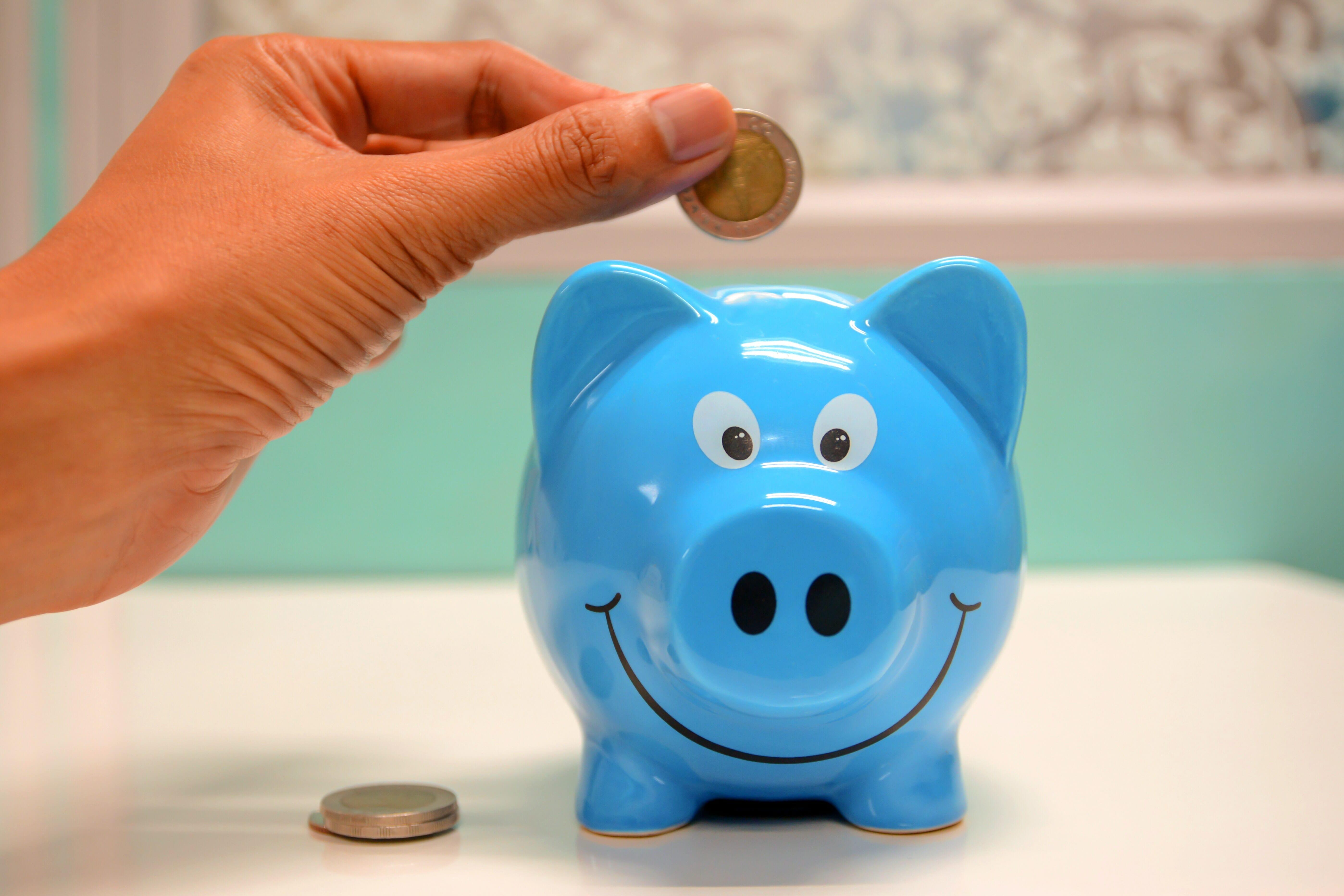 7 Money saving tips for university students
